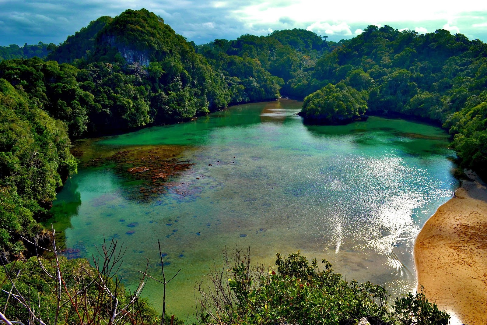 Green Lake in Pulau Island, Singapore